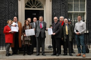 Handing-in-letter-to-10-Downing-Street-23.3.2015